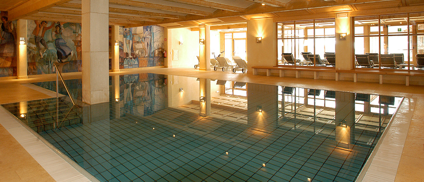 Sporthotel Panorama Indoor Pool.jpg
